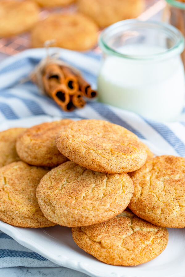 snickerdoodles on plate