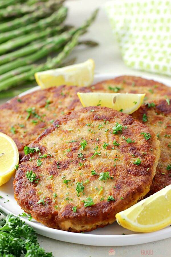 Pan-fried salmon patties that don't fall apart