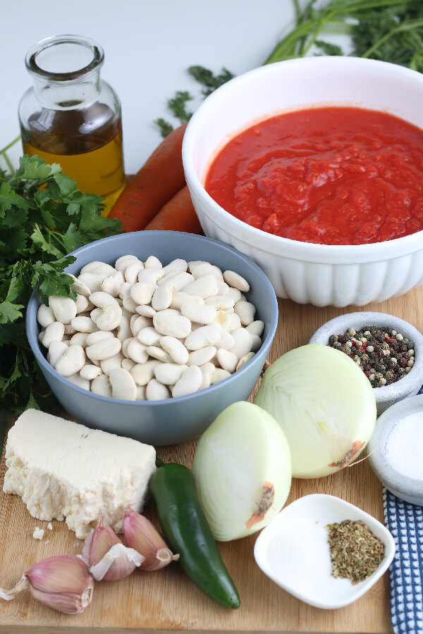 ingredients to make this authentic Greek recipe