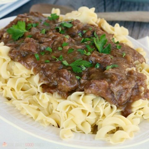Slow Cooker Sauerbraten Beef in Gingersnap Gravy