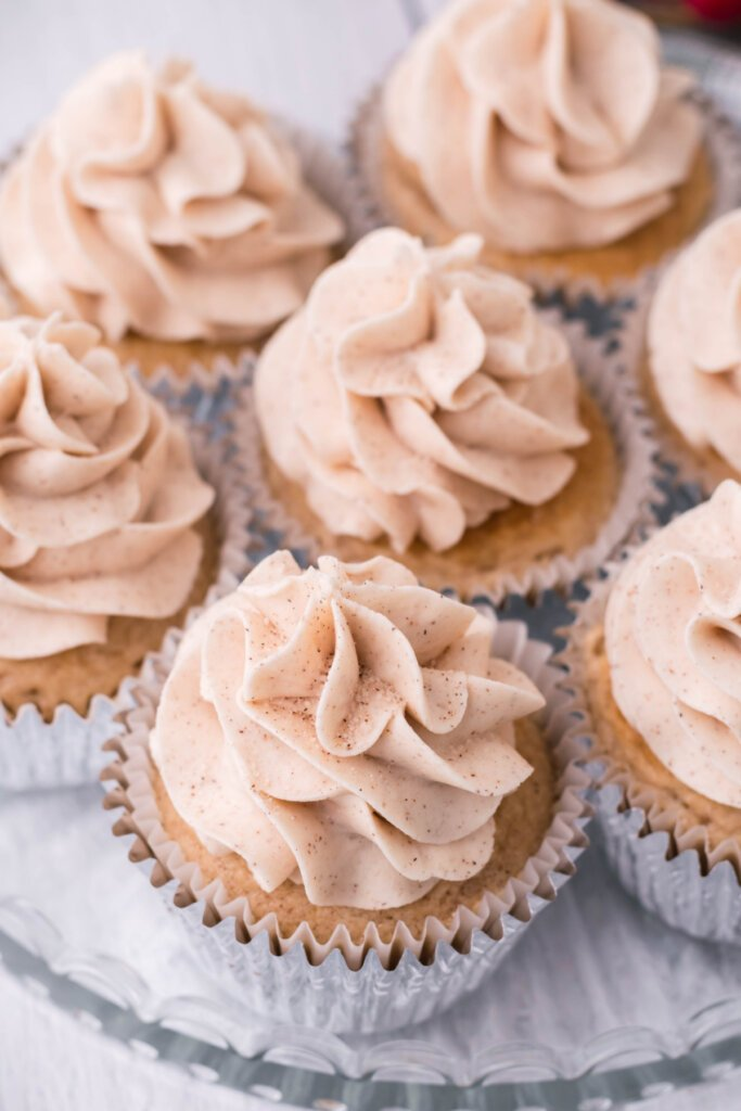 looking down on snickerdoodle cupcakes