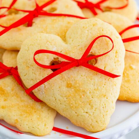 close up of valentine cookie