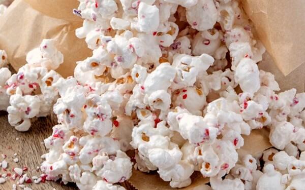 closeup of White Chocolate Peppermint Popcorn