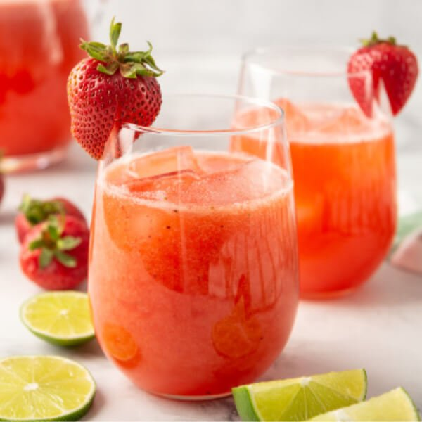 two glasses of strawberry agua fresca