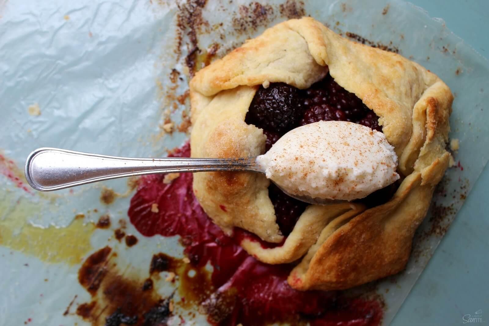 Blackberry Crostata | Love Bakes Good Cakes