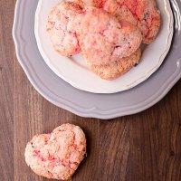 Chocolate Peanut Butter Chunk Valentines scones