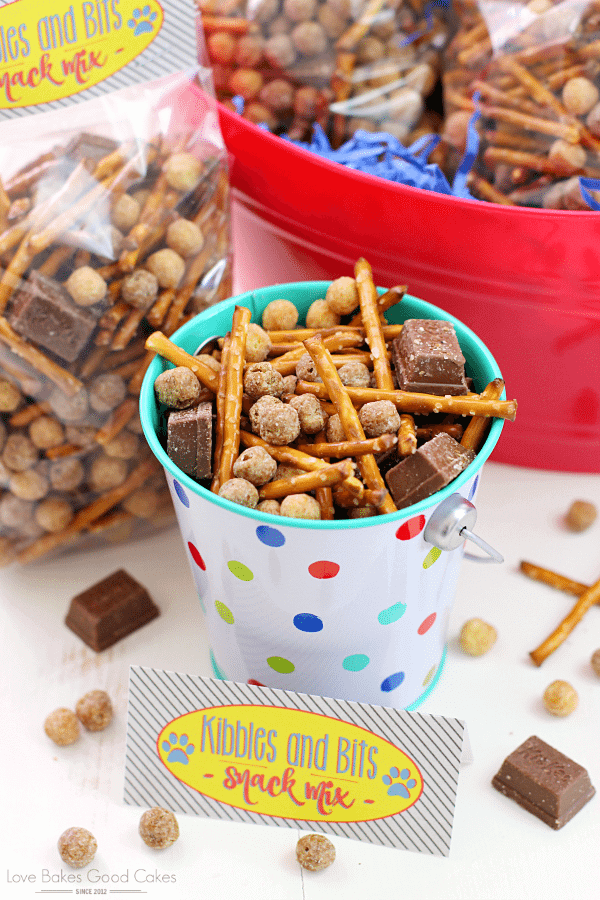 Kibbles & Bits Snack Mix {with FREE Printable}