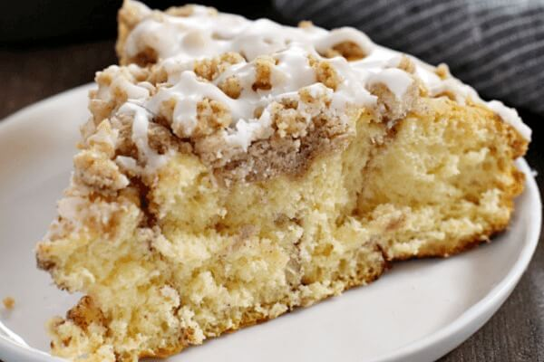 cinnamon roll coffee cake on plate