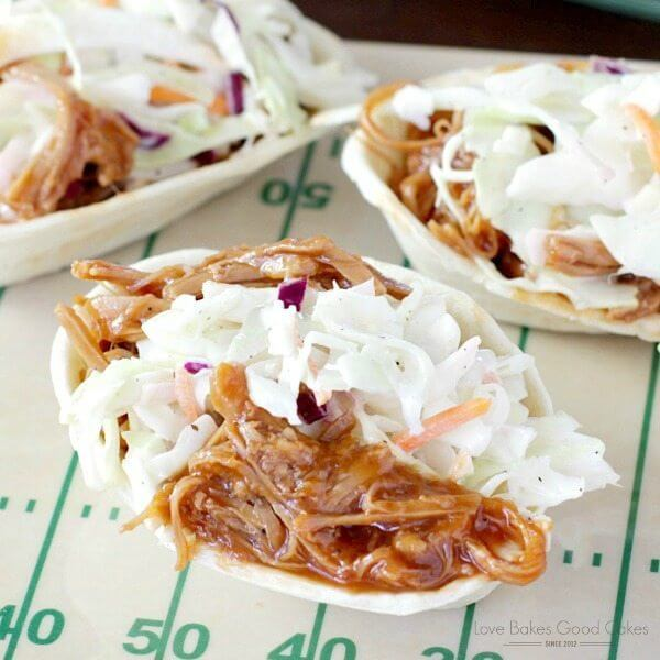 This Southern-Style BBQ Pork and Coleslaw Mini Taco Boats recipe is perfect for game day - or for an easy weeknight dinner! #OldElPasoTailgate