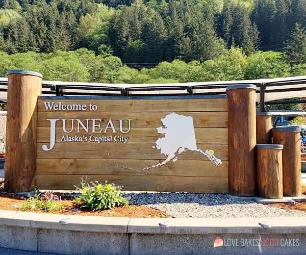 Welcome to Juneau Alaska sign.