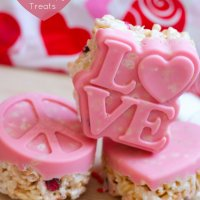 Valentine's Day Chocolate Molded Rice Crispy Treats