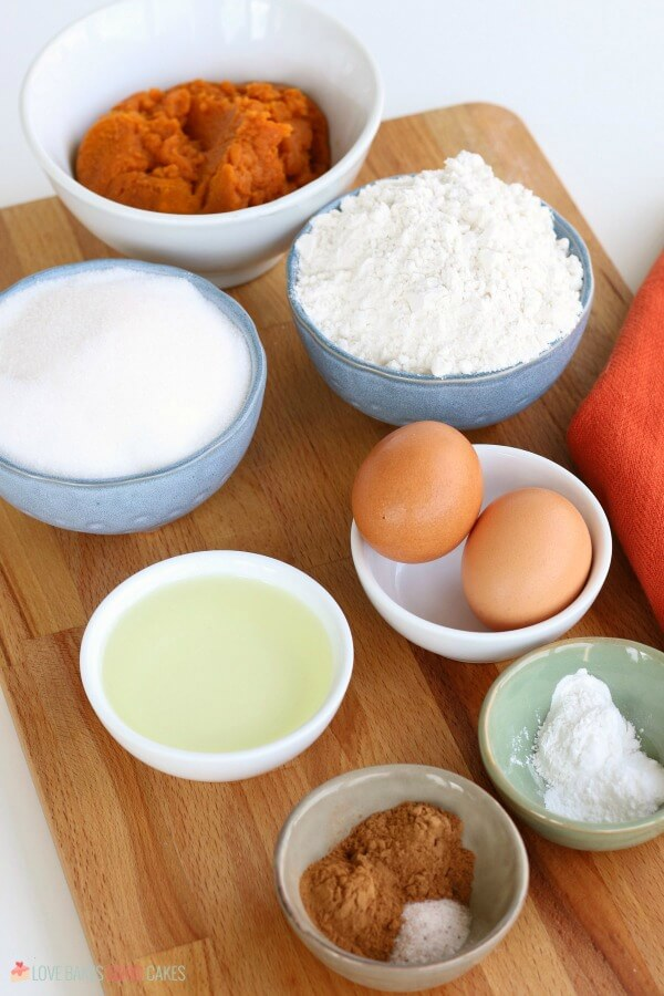 Ingredients for an easy pumpkin muffins recipe.