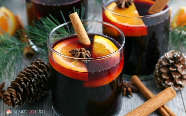 A horizontal view of the finished hot wine recipe.