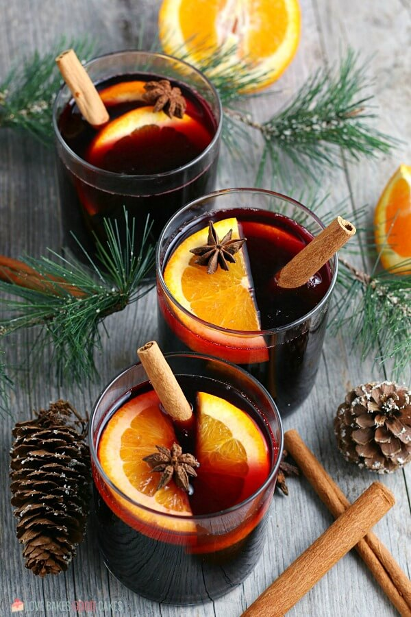 A top down view of the finished glasses of my mulled wine recipe.