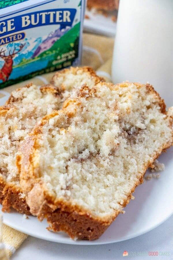 close-up Amish Cinnamon Bread Recipe