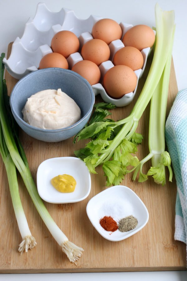 ingredients to make egg salad