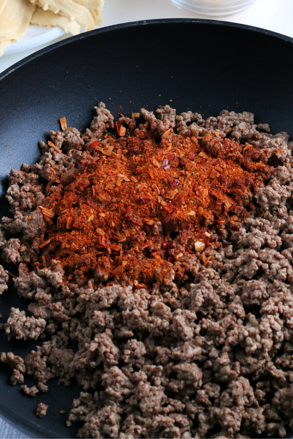 cooked ground beef with taco seasonings