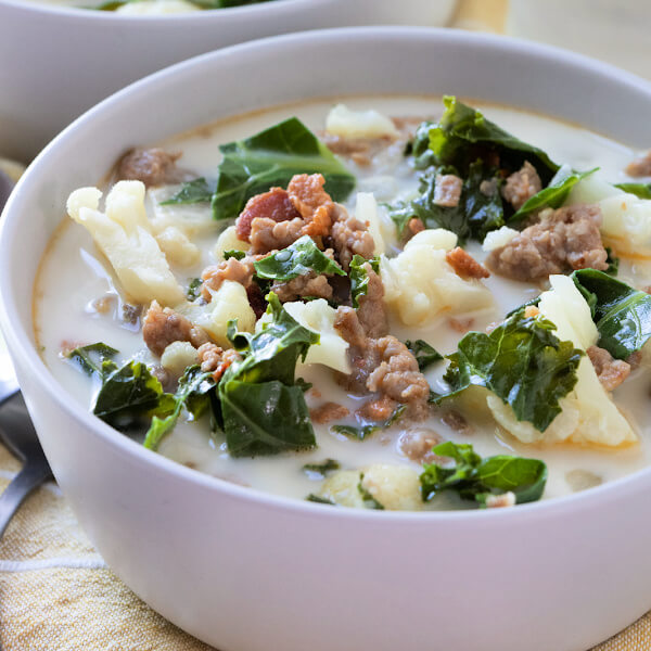 closeup low carb zuppa toscana in bowl