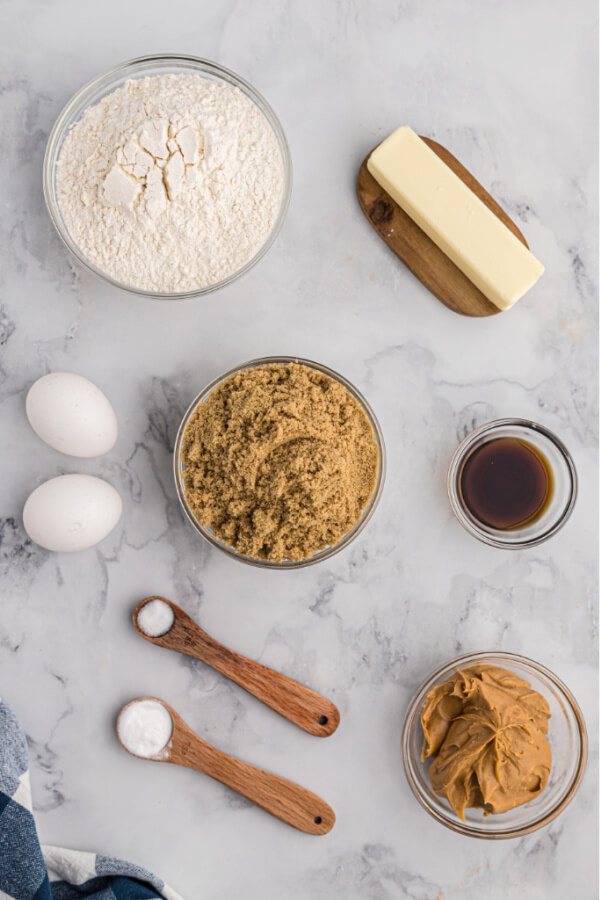 ingredients to make cookie bars