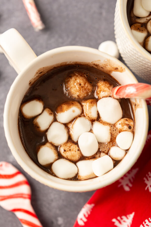 nutella hot chocolate in mug with marshmallows