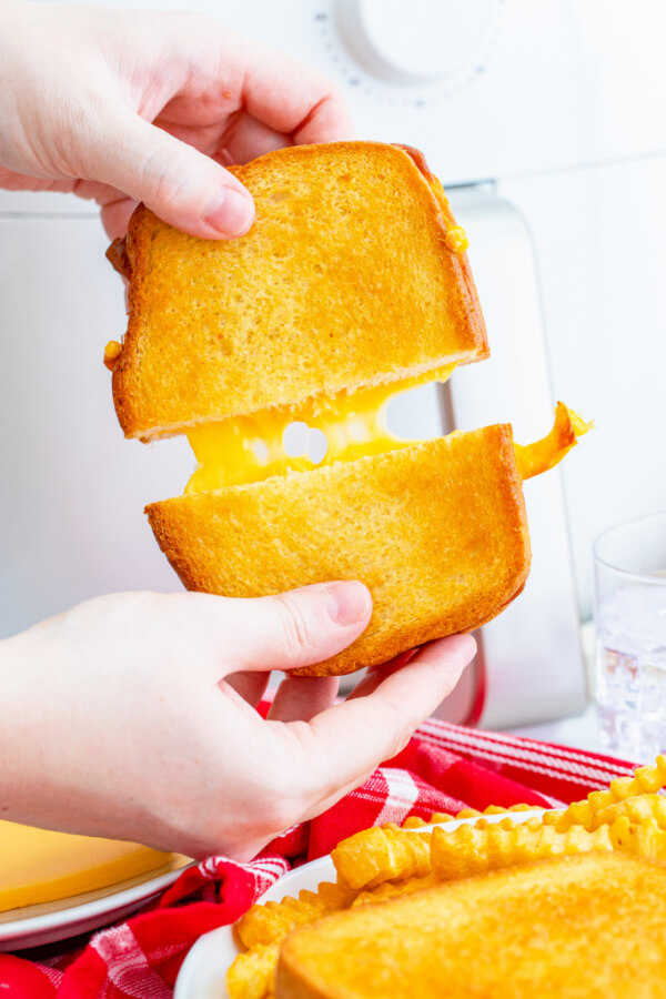 cheese pull with sandwich