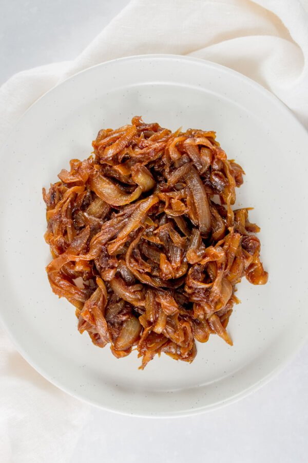 finished caramelized onions on a plate