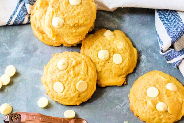 lemon cookies on blue background