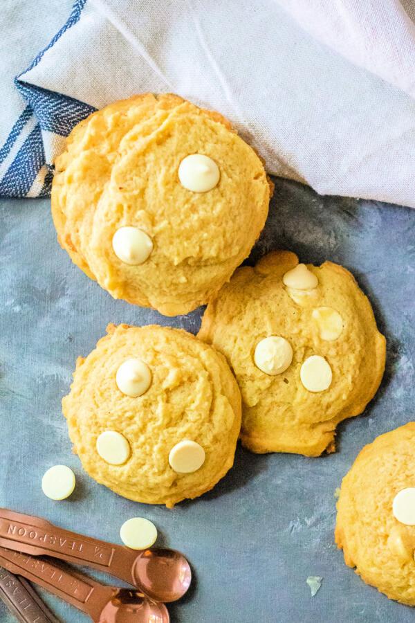 lemon pudding cookies on blue background