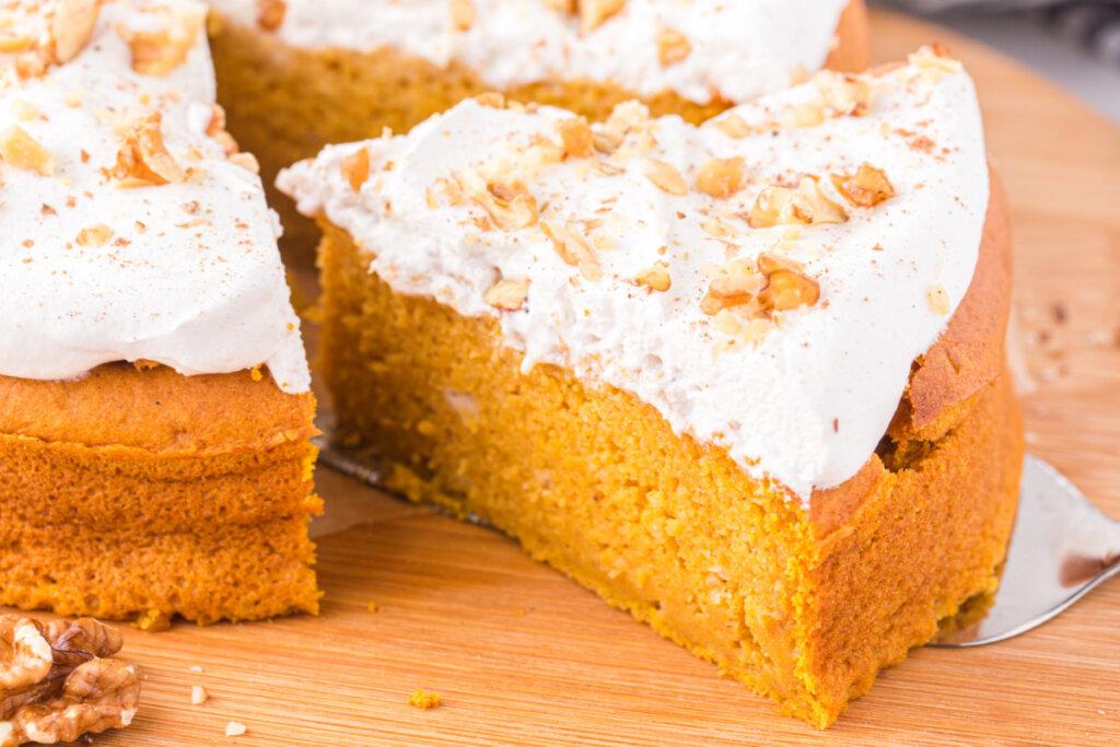 air fryer dessert pumpkin cake